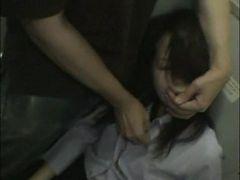 Drunk Businesswoman forced Blowjob in traintoilet Par...
