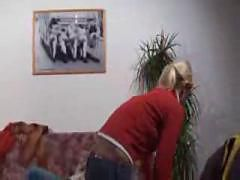 Houswife can t get enough   (german) -