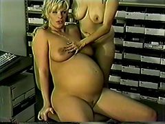 Pregnant Jamie Lee (Jamie Leigh) gets it from her bos...