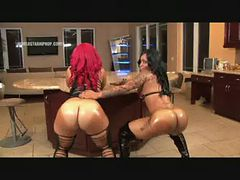 Pornstar Pinky and Buffy The Body Lesbian Action Famm...