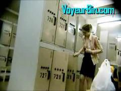 Hot teen dressing down in a locker room on hidden cam