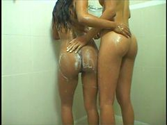 Brazilian Girl 4 - Groupsex with 2 latinas (hotbrazil...