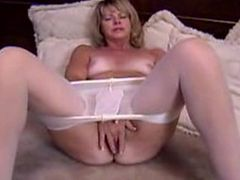 Timid Mature Fingers Her Hole In Pantyhose